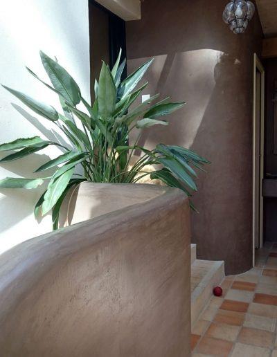 Stuc à la chaux sur mur In'terrae matières décoratives en vendée et loire atlantique